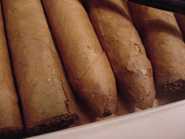xi ga bi nut xigacaocap - Ủ xì gà đúng cách như chuyên gia