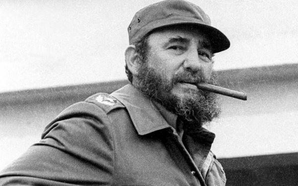 Fidel Castro - COHIBA: Câu Chuyện Về Thuốc Xì Gà Ưa Thích Của Castro