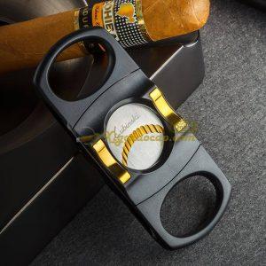 dao cat lubinski hoang kim 1 300x300 - Cách Chọn Dao Cắt Xì Gà Hoàn Hảo Cho Người Không Chuyên