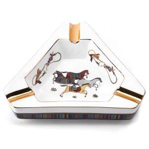 Gạt tàn xì gà Lubinski Tam giác Tứ Mã